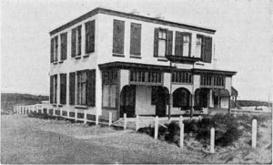 Villa Sigrid, die tussen 1901 en 1917 op de plek van het huidige Hotel Savoy stond en daarna plaats maakte voor Villa Allegonda.